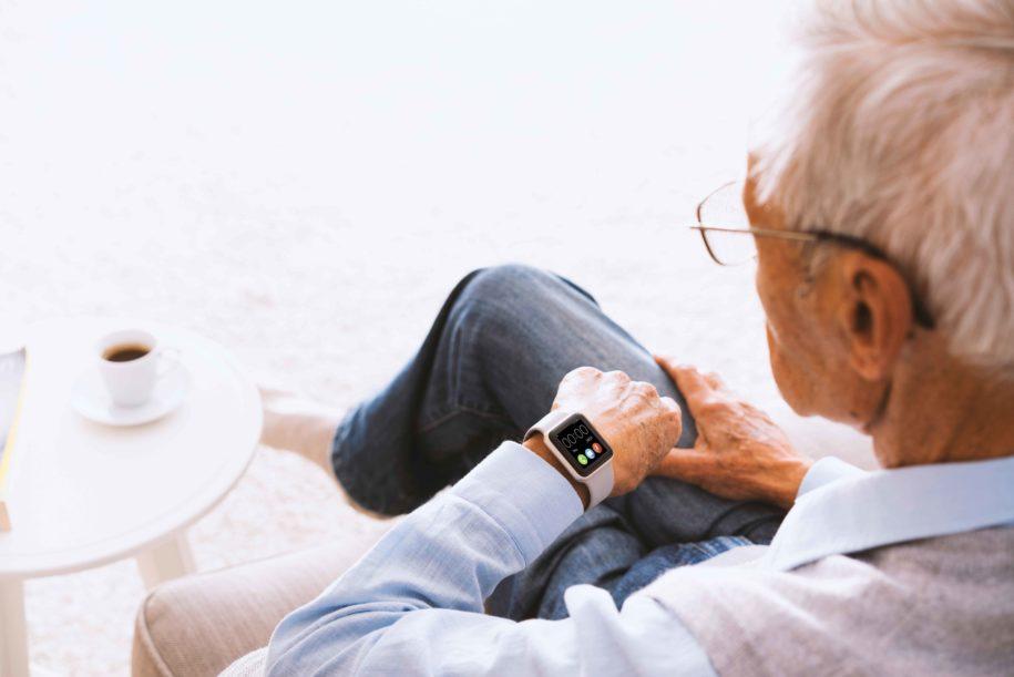 gps-watch-for-elderly